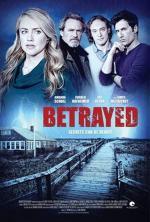 Film Zrazená (Betrayed) 2014 online ke shlédnutí