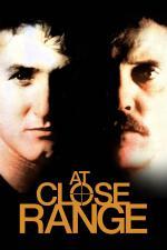 Film Tváří v tvář smrti (At Close Range) 1986 online ke shlédnutí