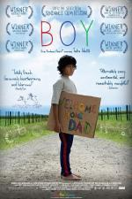 Film Kluk (Boy) 2010 online ke shlédnutí